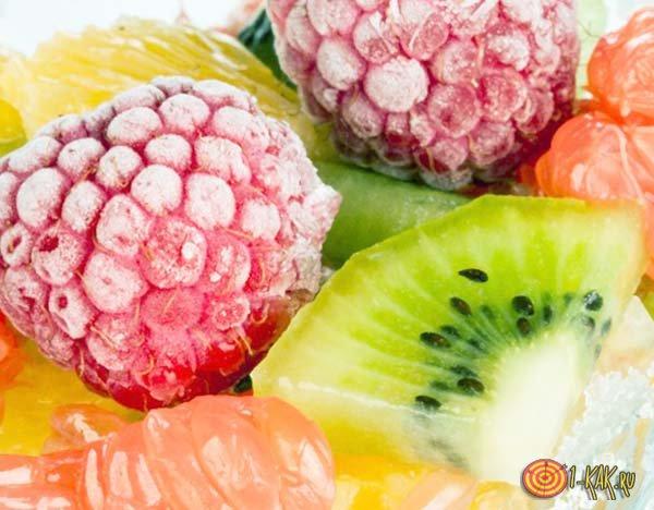 Набор фруктов и ягод для заморозки