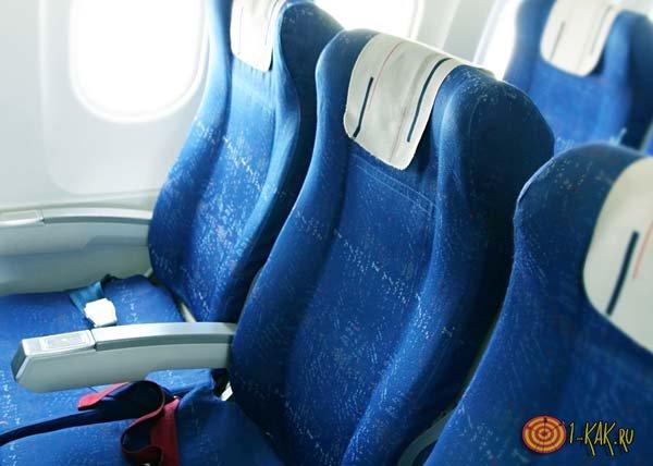 Салон самолета внутри