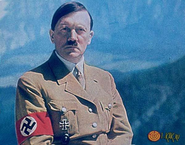 Гитлер в горах перед атакой