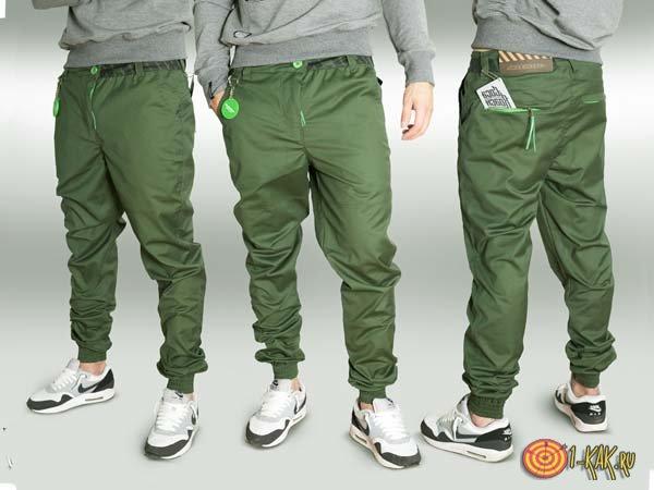 В зеленых штанах