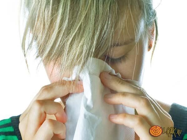 Борется с насморком