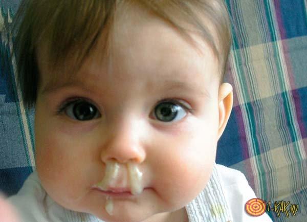 Малыш с соплями