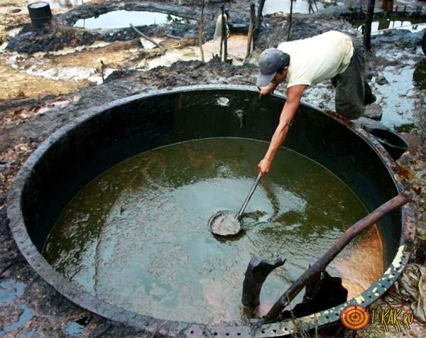 Производят каучук из нефти