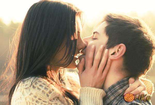 Передача вируса при поцелуе
