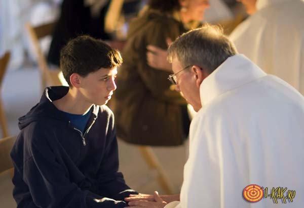 Мальчик спрашивает у святого отца, как ему дальше поступить