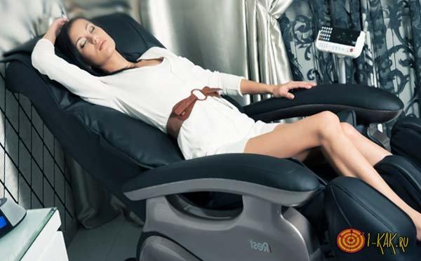 Как выбрать тонометр и массажное кресло?