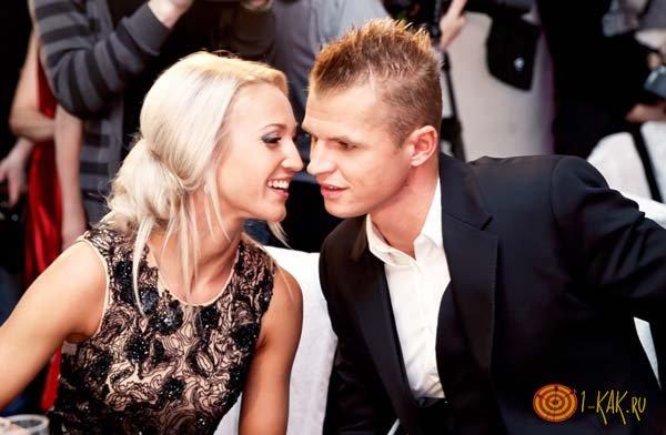 Дмитрий Тарасов и Ольга Бузова в кафе знакомятся
