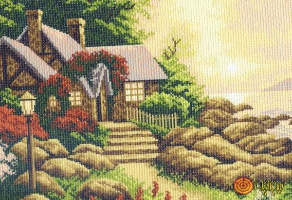 Канва с рисунком дома