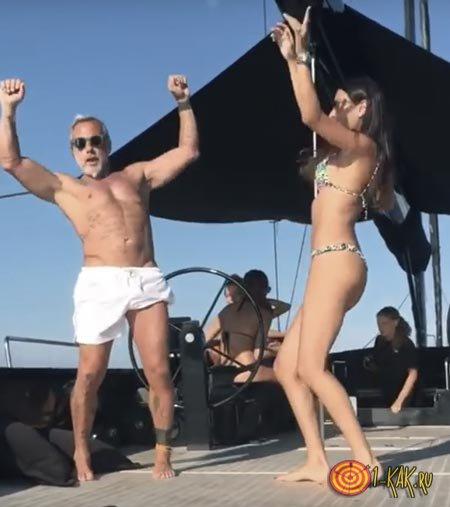 Джанлука танцует на яхте
