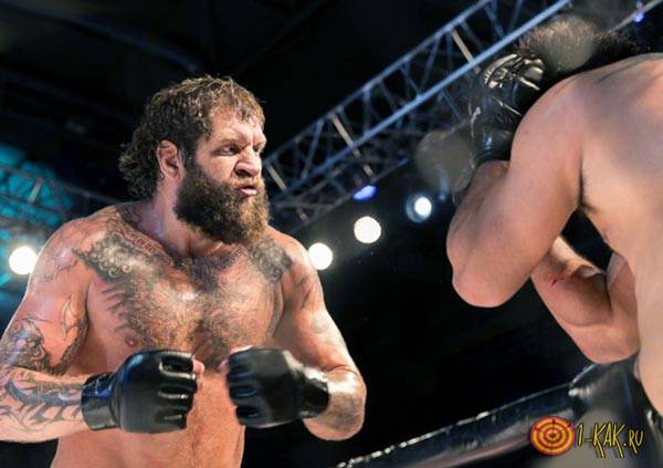 Емельяненко на ринге в бою