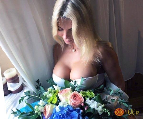 Алена еще замужем