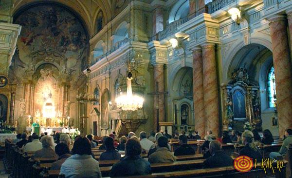 Часто посещают церковь