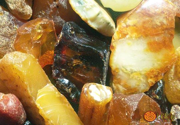 Физические характеристики янтаря