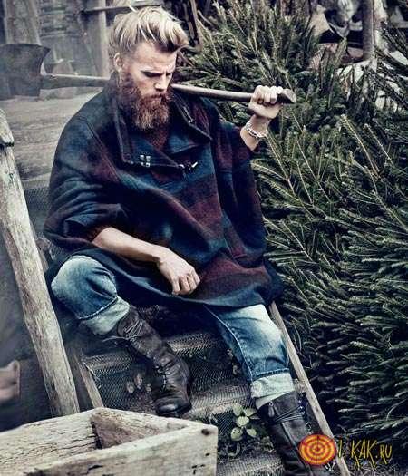 Типичный дровосек с бородой