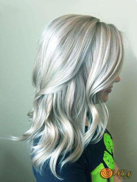 Ухоженные локоны блондинки