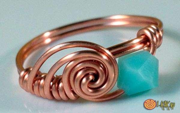 Самодельное кольцо из медной проволоки