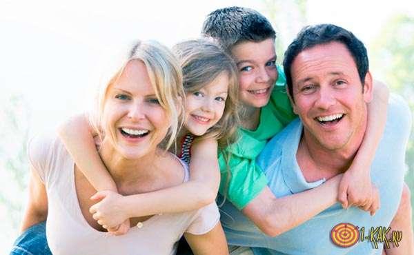 Ячейка общества в виде семьи