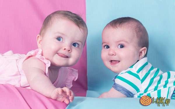 Мальчик и девочка - груднички