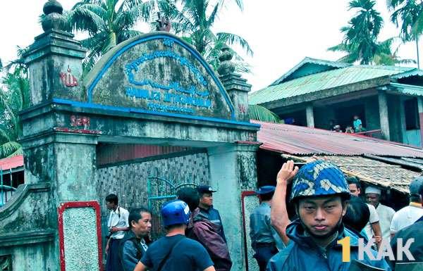 Военные Бирмы против инаковерующих
